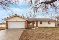 2036 Marjorie Cir, Leavenworth KS